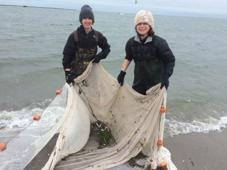 Picture of students with seine net