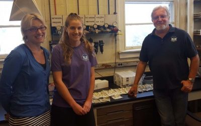 Hollings Scholar Hope Elliott, center, worked with Shannon Meseck, her mentor, and Gary Wikfors, the lab director, at the NOAA fisheries lab in Milford.